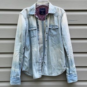AEO Faded Denim Chambray Button-Down